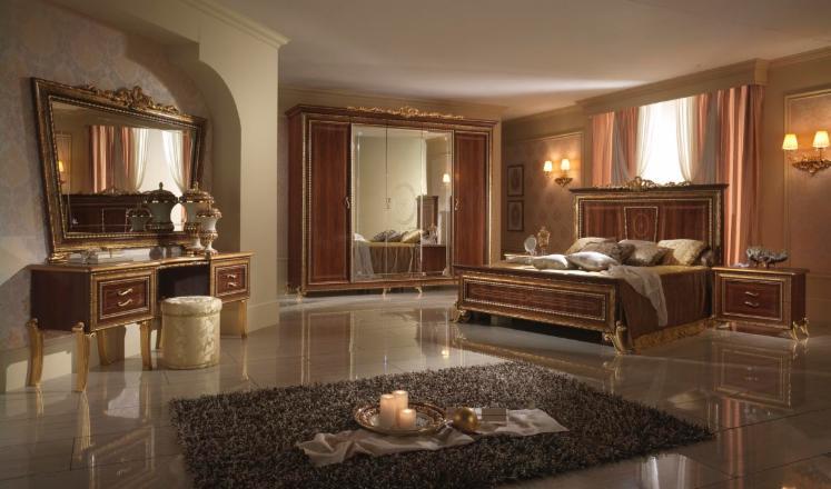 chambre a couche en bois italien