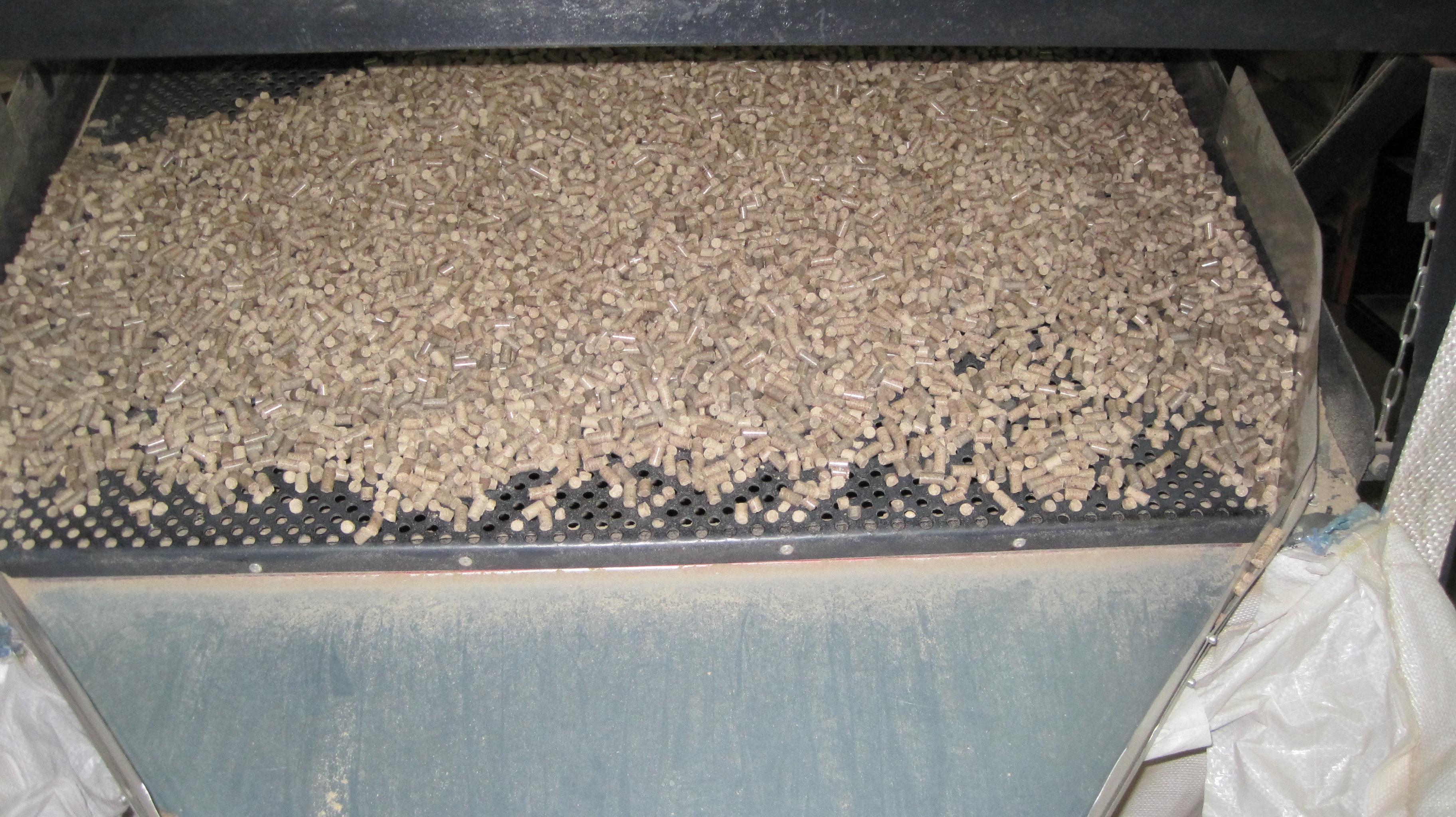 木颗粒 - 木砖 - 木炭, 木颗粒, all species图片