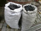 Oak  Firewood, Pellets And Residues - We sell charcoal hardwood