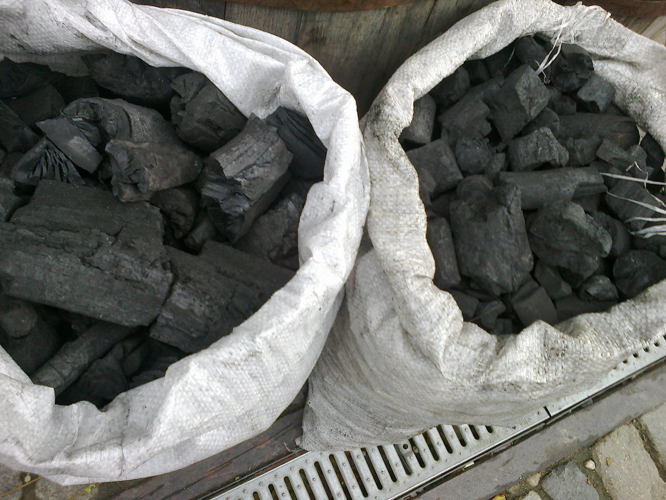Pellets - Briquets - Charcoal, Wood Charcoal, hard wood