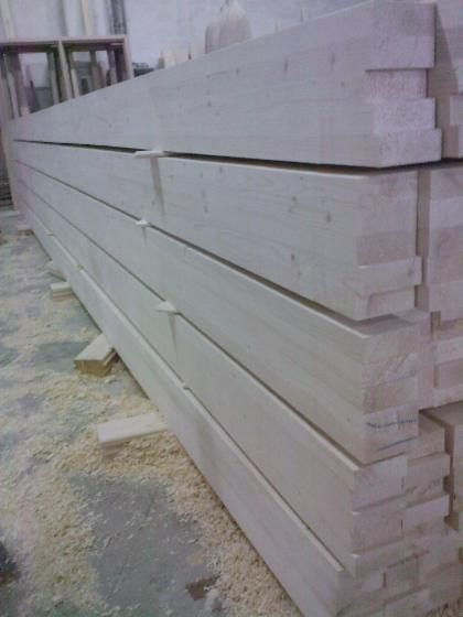 Spruce----Whitewood-Glulam-Beams