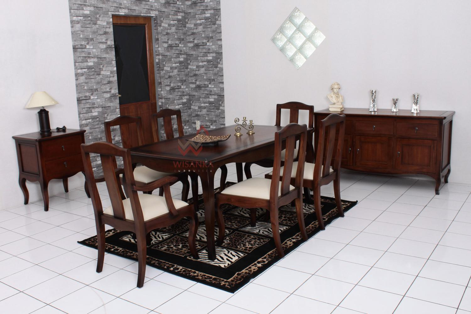 Colonial Dining Room Furniture: Wooden Dining Room Furniture