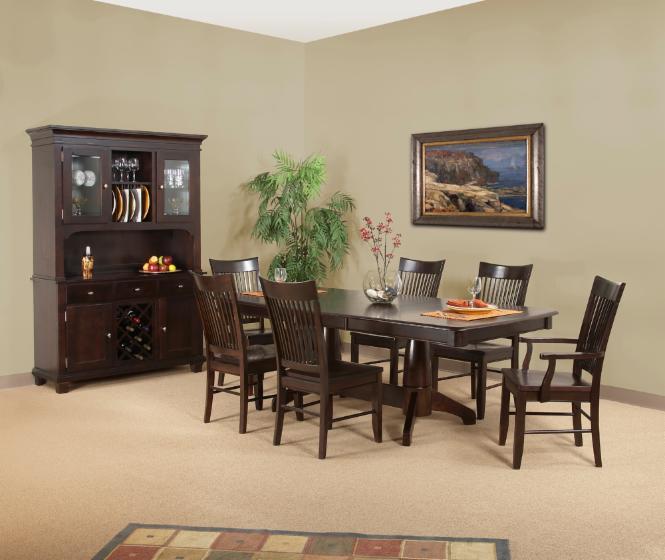 Vend ensemble de salle manger colonial bois massif for Ensemble salle a manger bois
