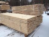 Sawn timber of pine. Length from 800 to 6000mm.