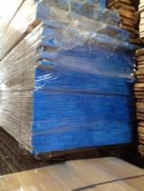 Laubholz  Blockware, Unbesäumtes Holz Zu Verkaufen Italien - Loseware, Linde