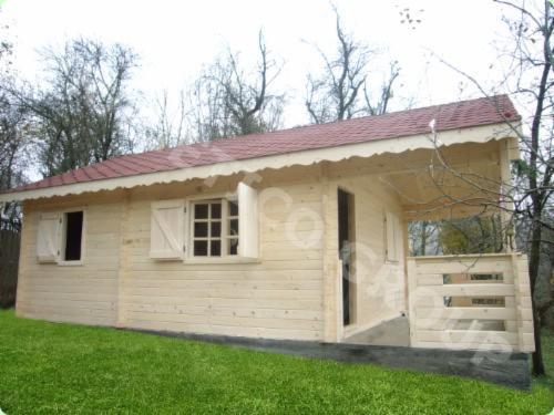 Casa de troncos escuadrados abeto madera blanca madera - Casas troncos de madera ...