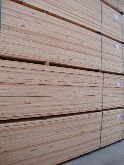 Vender-Pinus---Sequ%C3%B3ia-Vermelha-FSC-25-mm