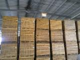 Fordaq лісовий ринок - LLC Ukrainian Woodworking Company  - Заготовка паркетная дуб 27*72/80 * 320-470