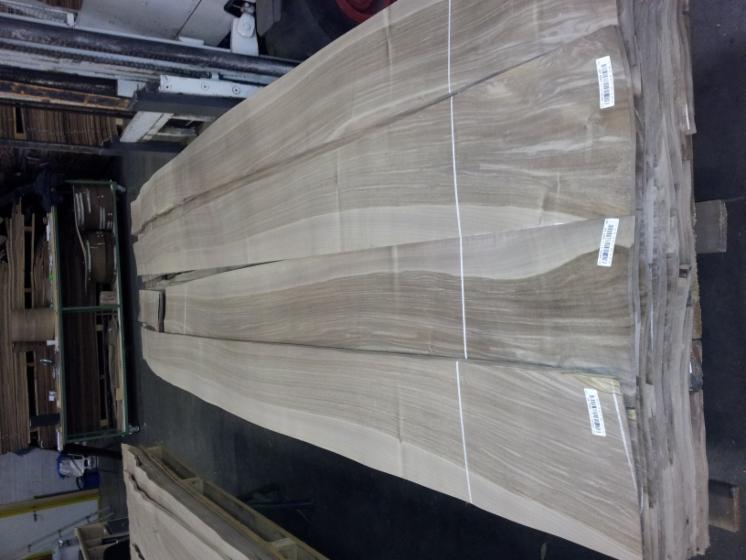 Walnut Flat Cut, Figured Natural Veneer from Italy