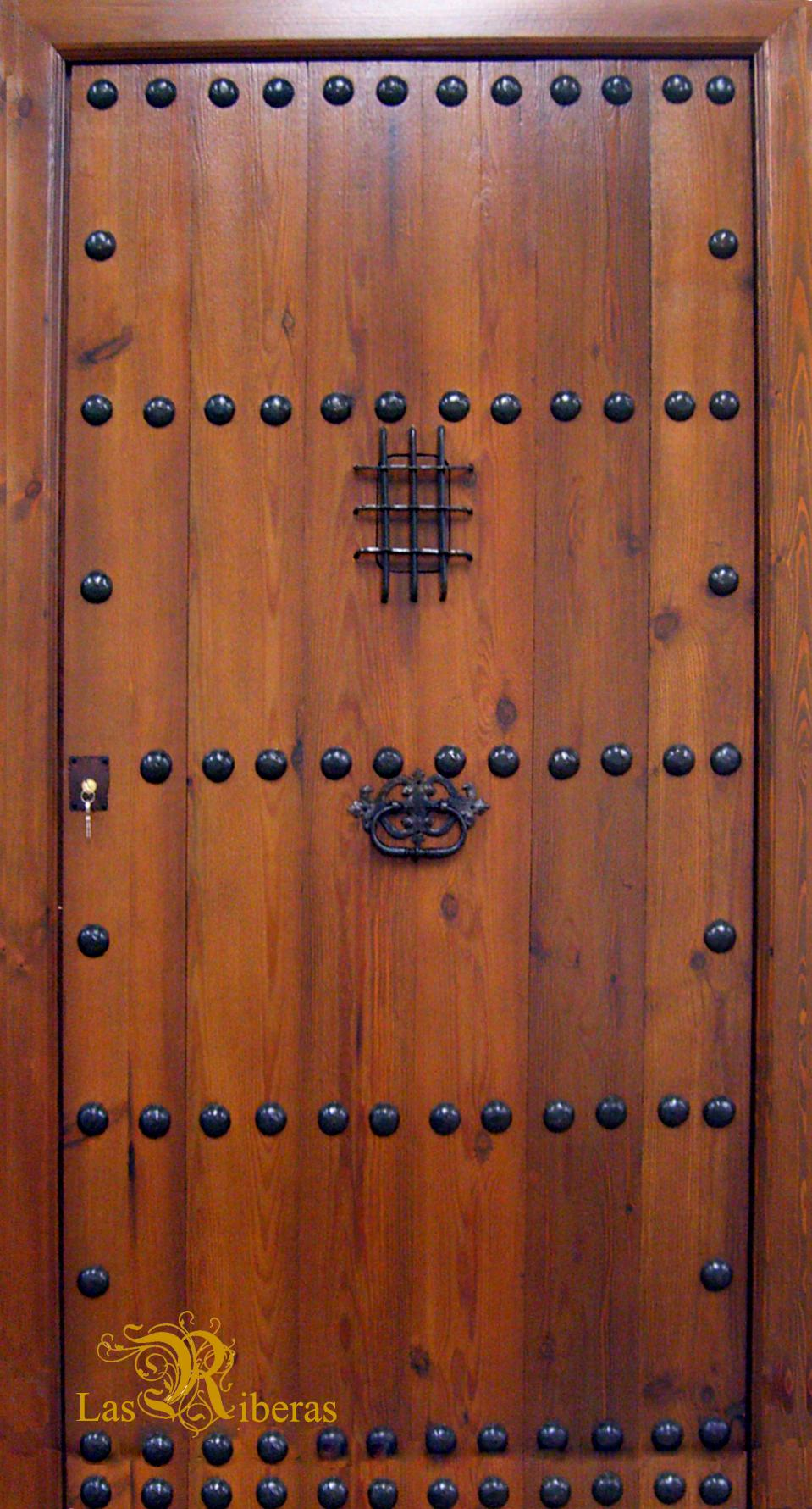 Puertas rusticas de madera for Puertas madera rusticas interior