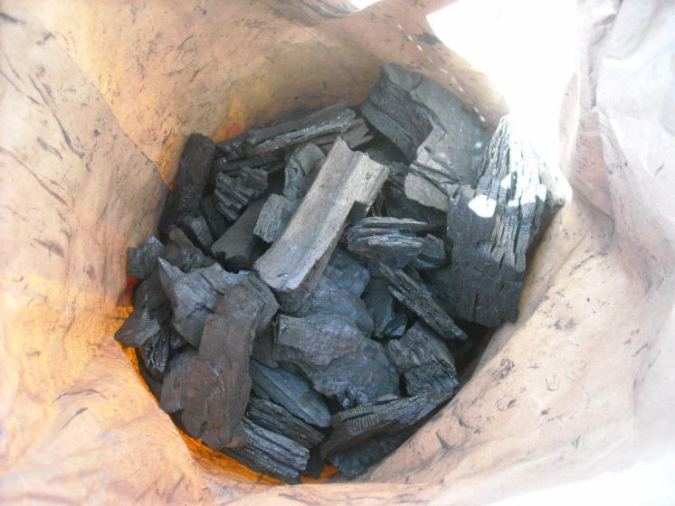 Wholesale hornbeam wood charcoal from ukraine