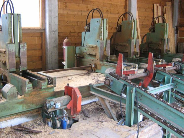 log-band-saw
