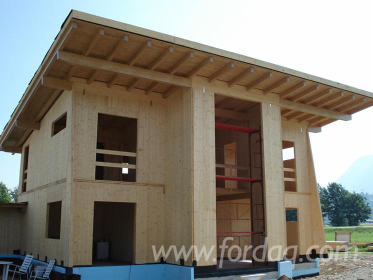 vend maison bois maison en panneaux structurels epic a bois blancs r sineux pologne. Black Bedroom Furniture Sets. Home Design Ideas