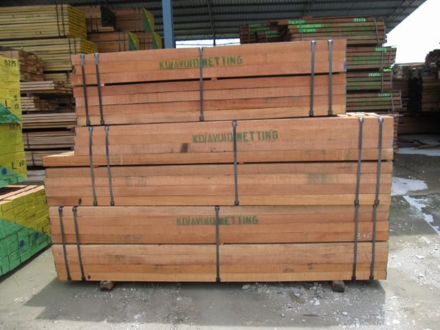 Red Meranti Sawn Timber ~ Red meranti sawn timber lumber