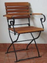 Aluminium Garden Furniture - Garden furniture seats and table ( made of steel and wood)