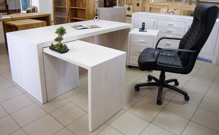 Muebles de oficina de madera de roble macizo.