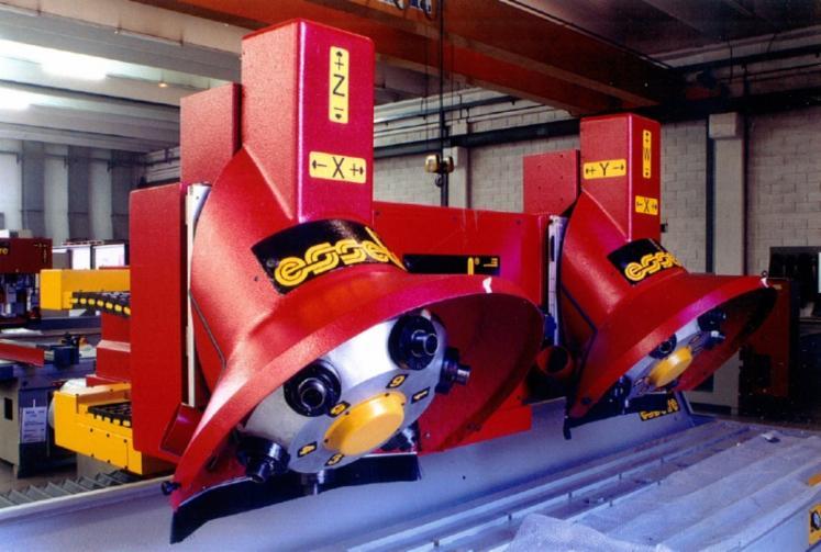 Venta-Fresadoras-CNC-Essetre-Multiwork-4710---2TR6-Usada
