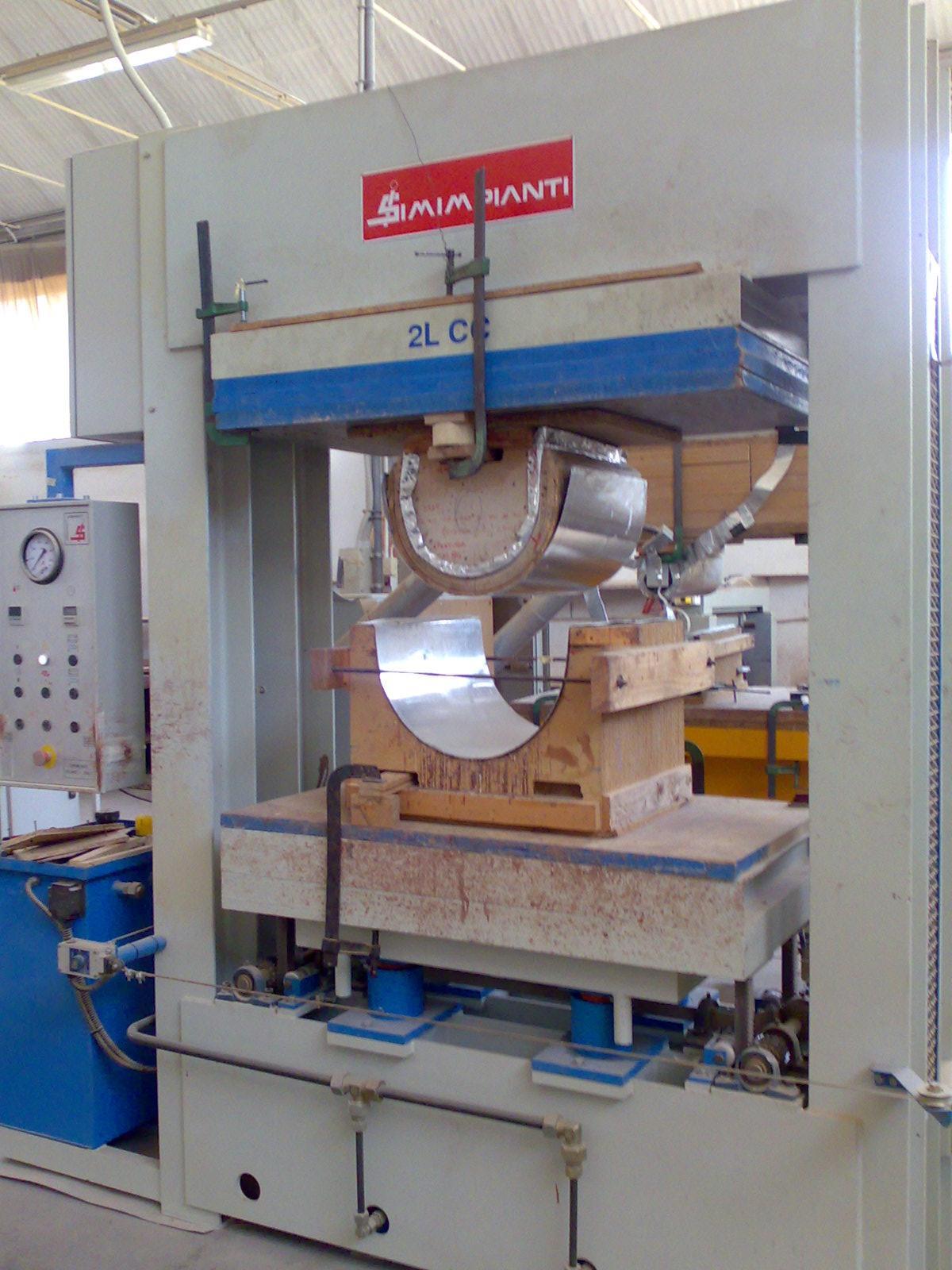 Pressa idraulica usata marchio simimpianti mod 2lcc for Pressa per tubi idraulici usata