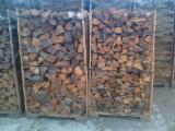 薪材、木质颗粒及木废料 - 劈切薪材 – 未劈切 碳材/开裂原木 云杉
