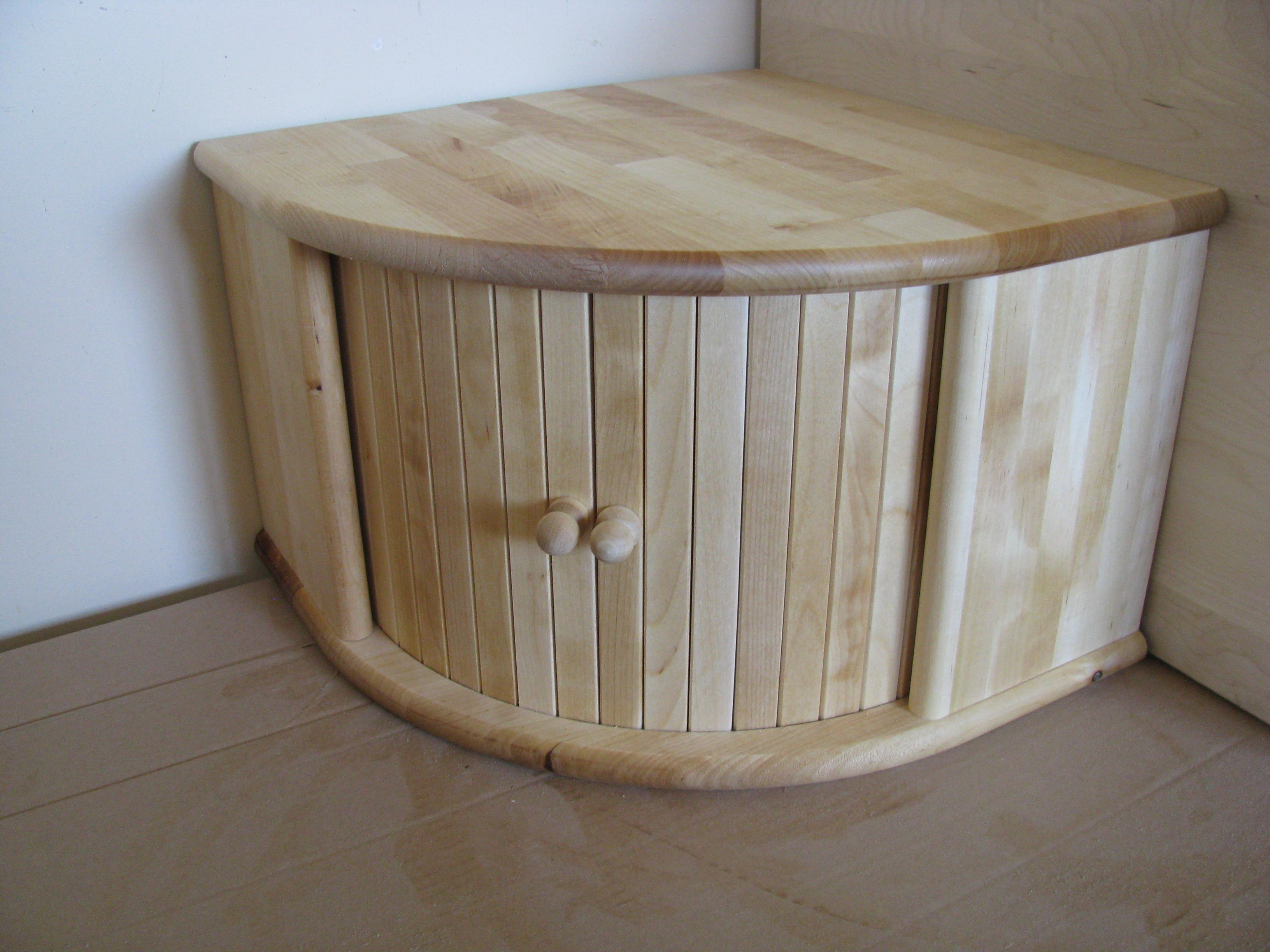 Kitchen Cabinet Auctions Wood Bread Boxes