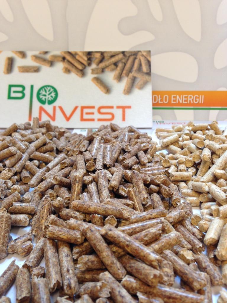 木颗粒 - 木砖 - 木炭, 木颗粒, 红松图片