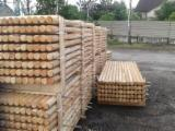 Garden Products Pine Pinus Sylvestris - Redwood - Pine (Pinus sylvestris) - Redwood, Machine Rounded Poles Palisade