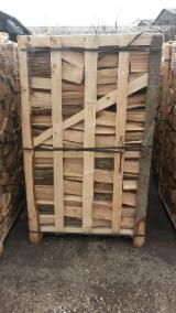 Firewood, Pellets And Residues - Fresh oak firewood