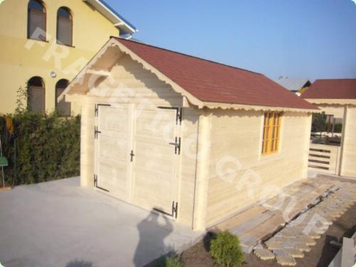 Garaj-din-lemn-365532