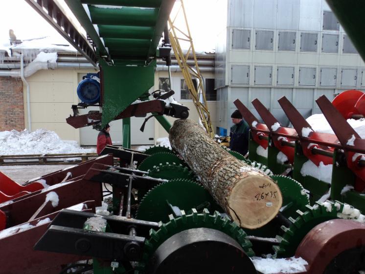Log-Debarking-Machine--Fost-KR-6---Capacity-100m3-8h
