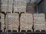 Cele mai noi oferte pentru produse din lemn - Fordaq - Vand Lemn De Foc Despicat