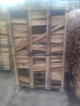 Firelogs - Pellets - Chips - Dust – Edgings Other Species For Sale Germany - Fresh oak firewood