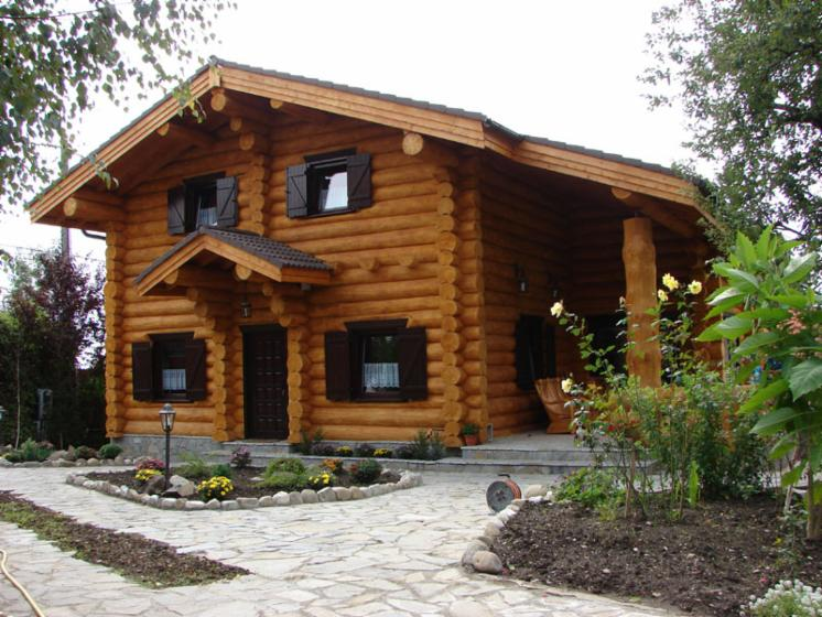 Construim case din lemn masiv bustean necalibrat for Case din lemn pret 5000 euro
