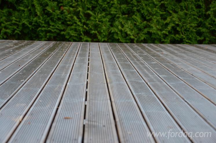Pine-%28Pinus-sylvestris%29---Redwood--CE