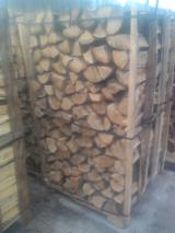 Energie- Und Feuerholz Brennholz Gespalten - Brennholz Gespalten