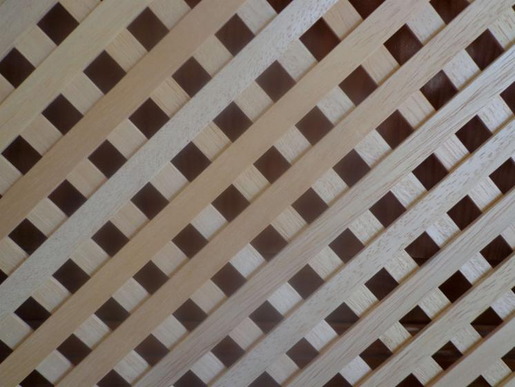 WOODEN LATTICE (TRELLIS) GRILLE