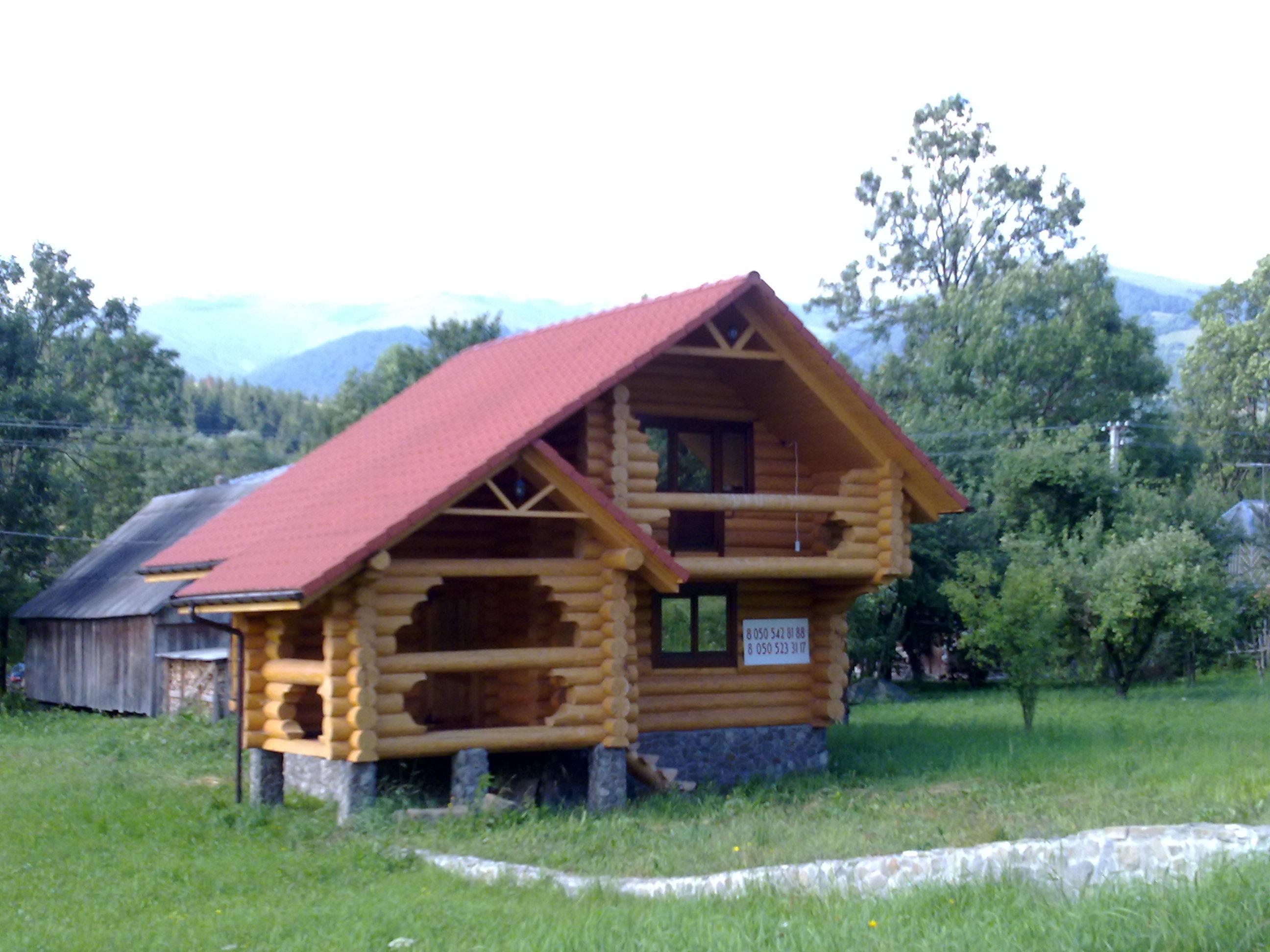 木屋(原木堆积而成), 云杉-白色木材