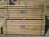Hardwood  Sawn Timber - Lumber - Planed Timber For Sale - White oak square edged