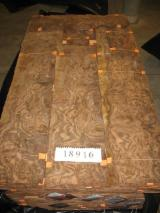Veneer Supplies Network - Wholesale Hardwood Veneer And Exotic Veneer - Radica di Noce California, Rotary cut, burly