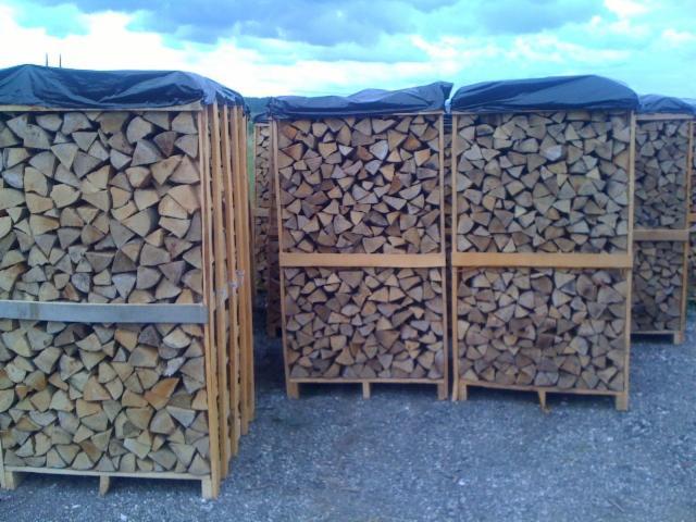 ENplus-Hornbeam-Firewood-Woodlogs-Cleaved-12