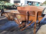 Woodworking Machinery For Sale France - Vibrating conveyor VAV (Stock No 95)