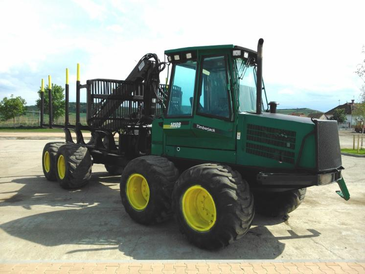 Used-John-Deere-Timberjack-1410B-2001-Forwarder