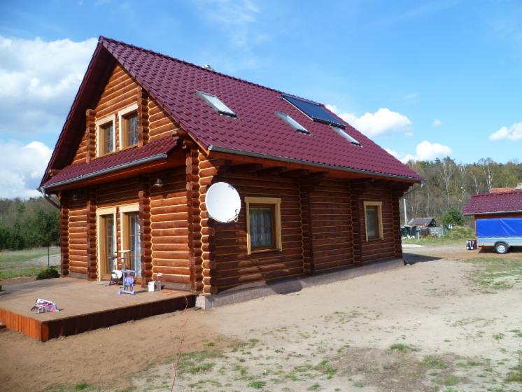 Casa di tronchi canadese abete siberiano for Case di tronchi ranch