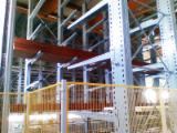 Warehouse beamed stacker - automatic handling and storage of beams