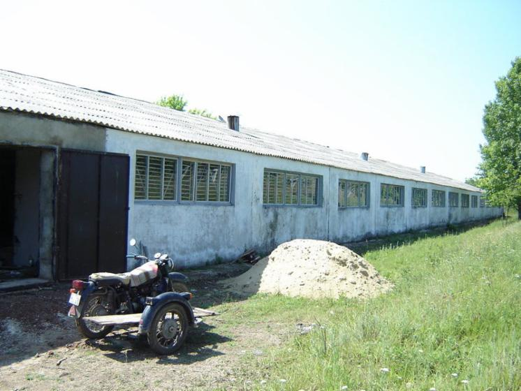 Industrial-warehouse-for-sale-------
