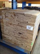 Find best timber supplies on Fordaq - Latifoglia Srl - Oak square edged