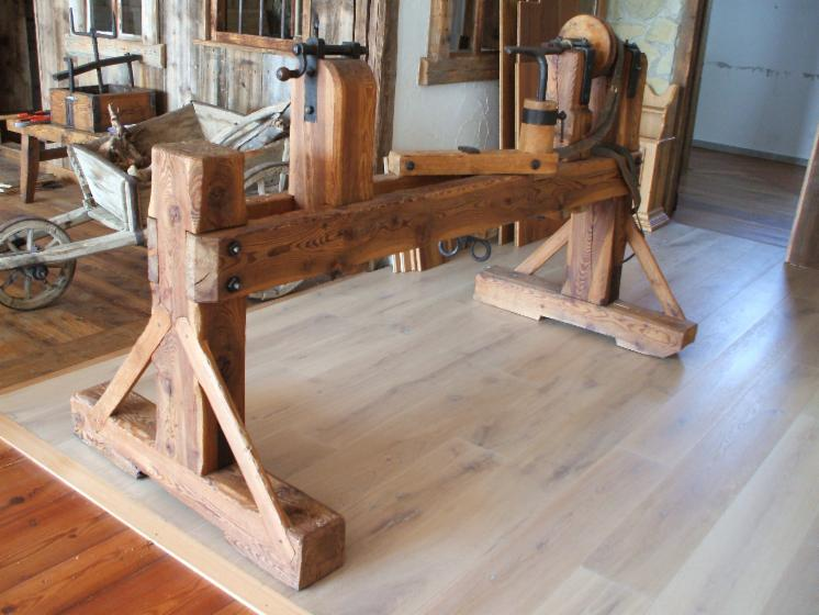 OLD FIR LATHE
