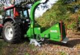 Forstmaschinen Anbau-Hacker - mobiler Häcklser für Zweige und Holzabfälle