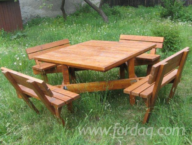 A large range of wooden products in different versions and dimensions