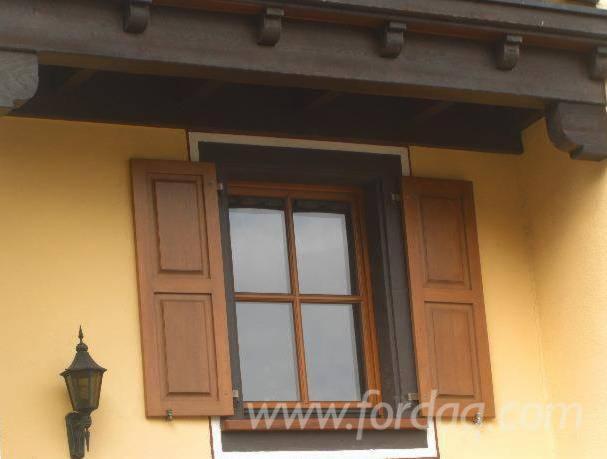 Oak-Windows-from