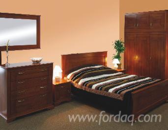 Colonial-Maple-Bedroom